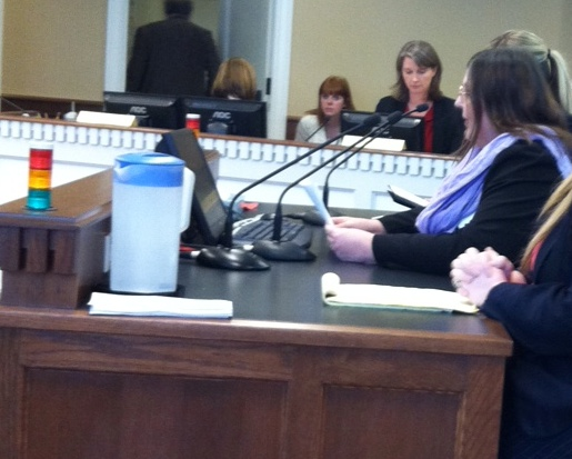 Carissa Daniels, right, testifies at a legislative hearing in Olympia. Photo courtesy Carissa Daniels.